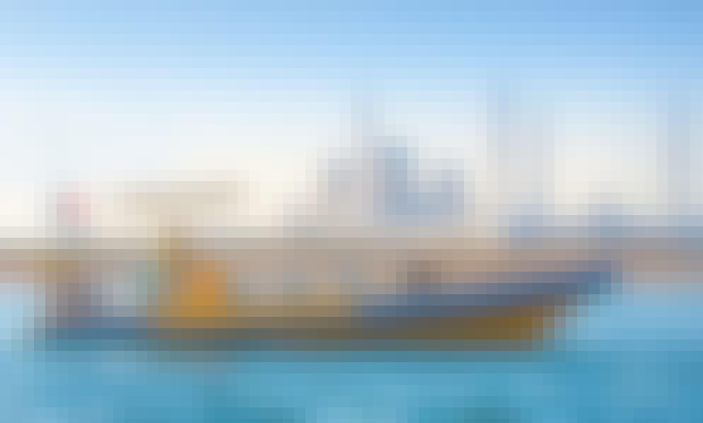 Explore and See the Luxurious Hotels Around Abu Dhabi Waterways