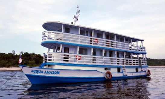 20 Person Houseboat Charter In Manaus, Brazil