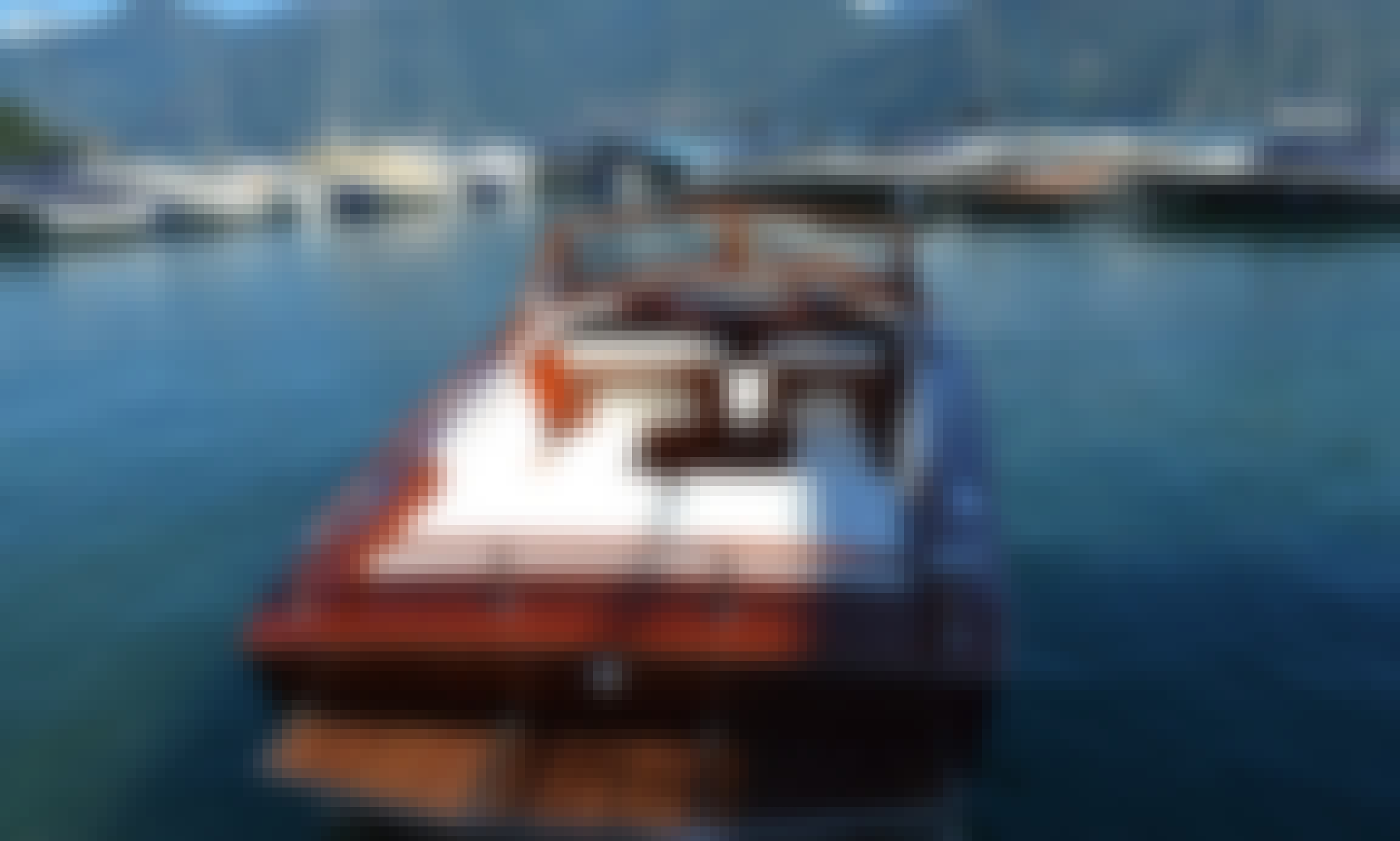 Luxury Wooden Open Boat in Menaggio