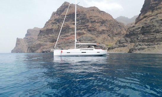 46' Cruising Monohull Charter In Mogan, Spain