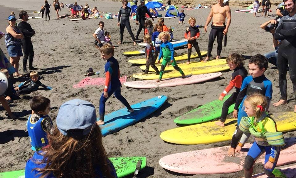 Book a Surfing Lessons in Algarrobo beach for 1:30 hour!
