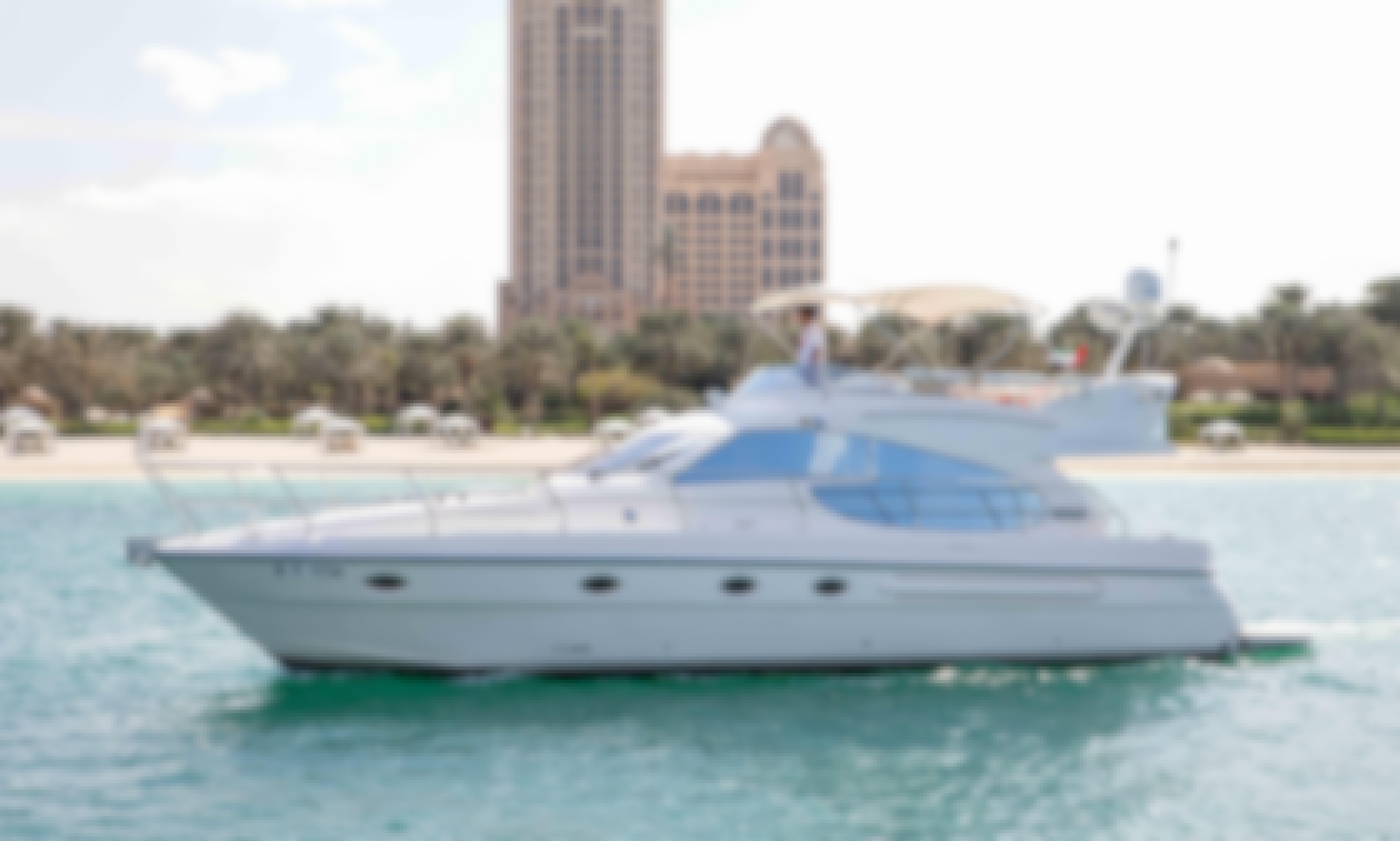 Motor Yacht rental in Dubai