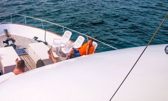 Motor Yacht Rental In Chon Buri