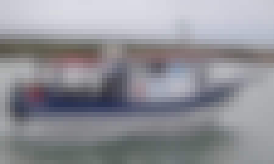 Fishing Boats Rental in Balneário Barra do Sul, Brazil for 13 People