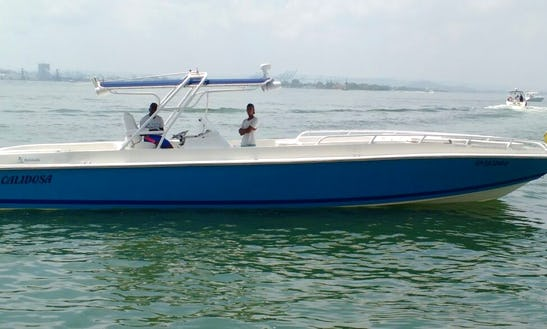 Enjoy This Luxury 45ft Center Console For 20 People In Cartagena, Colombia