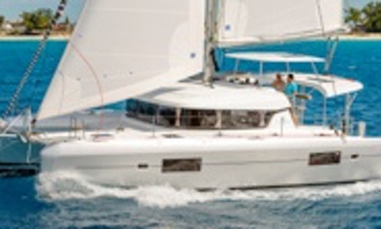 Enjoy A Scenic Sailing In Grenadines, France