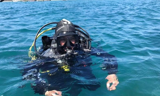 Discover Another World With Our Padi Professional Instructor In Los Vilos, Chile