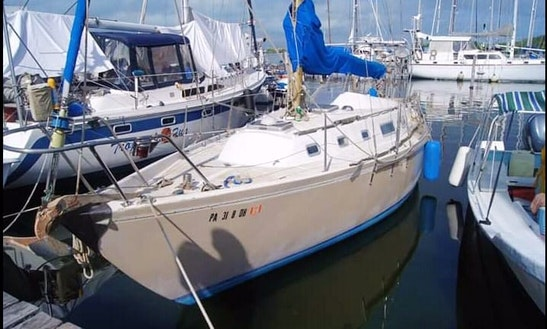 Cruising Monohull Rental In Isla Mujeres