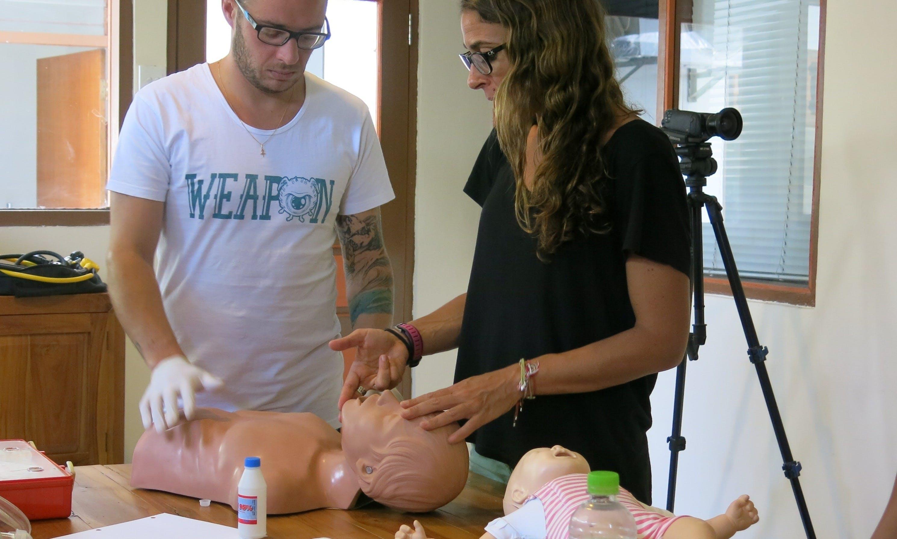 PADI Emergency First Response Training (1 day)
