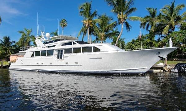 Motor Yacht rental in Mombasa