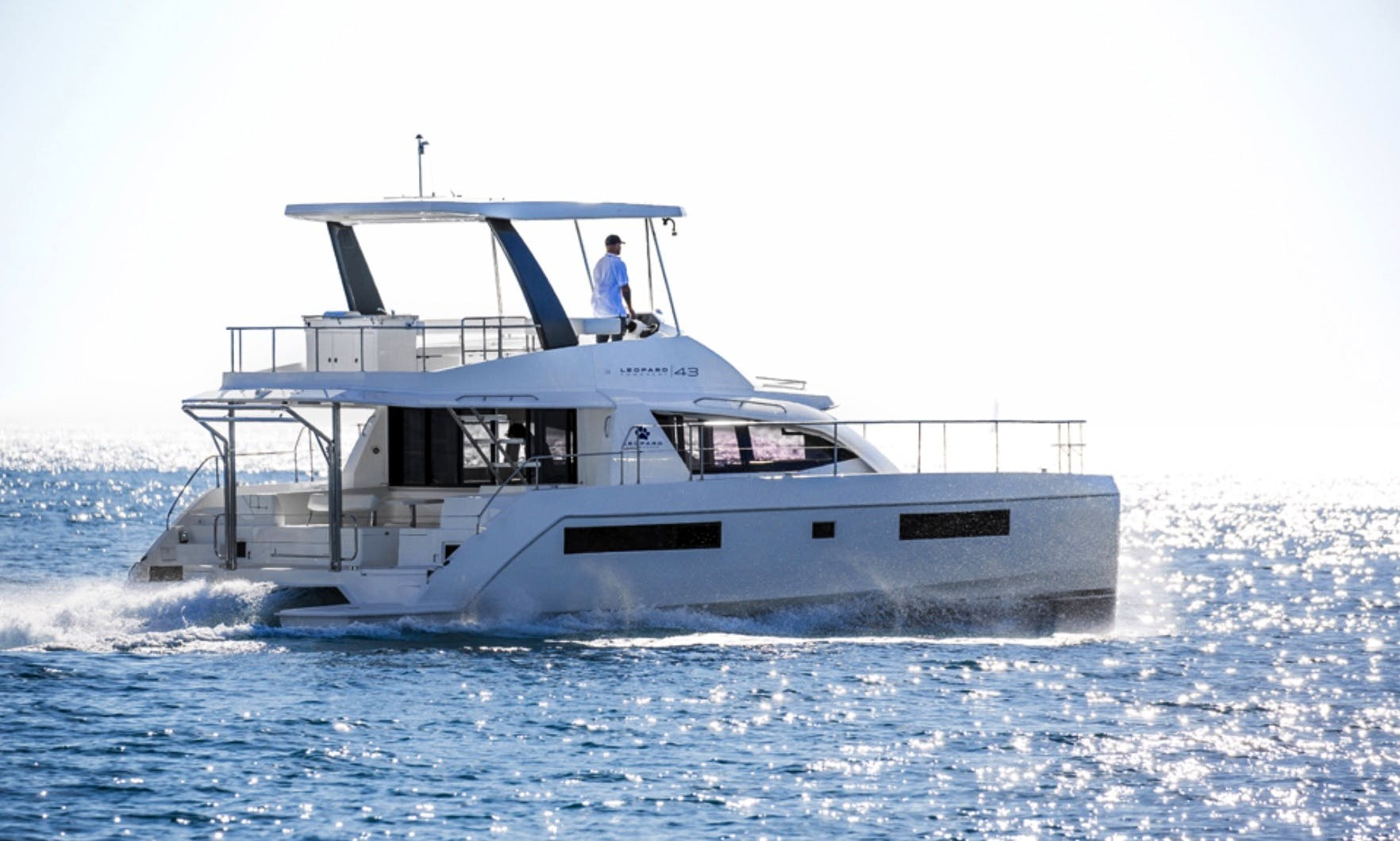 Power Yacht Catamaran rental in Cartagena, Colombia
