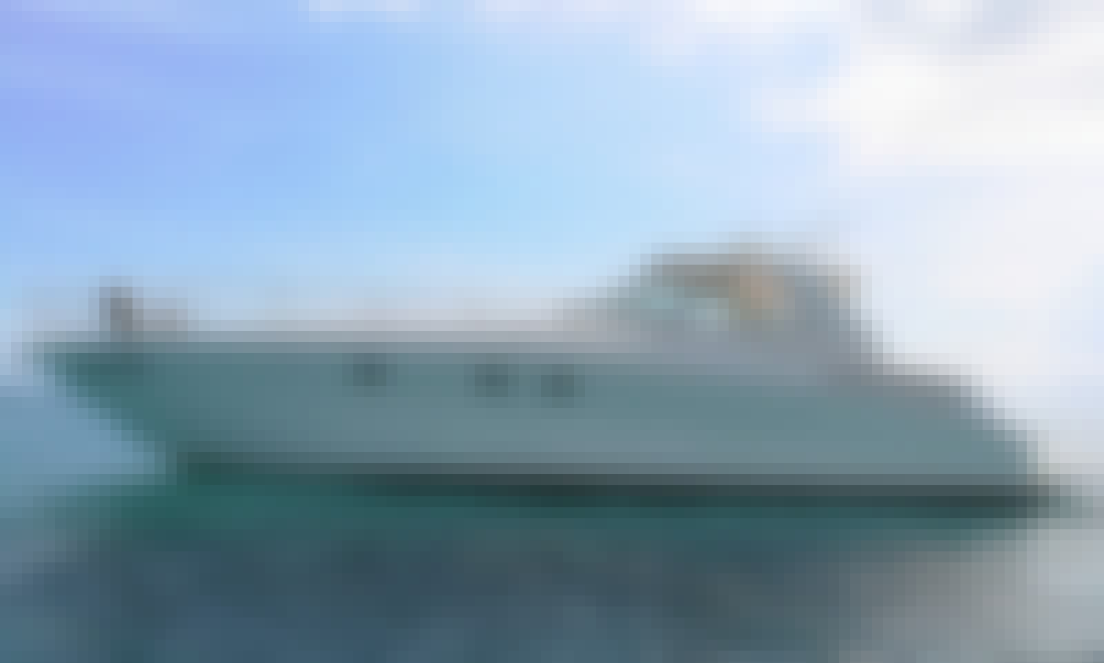 Beautiful Sea Ray Sundancer 51' in ST THOMAS