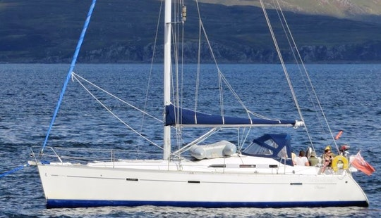 Skippered Or Bareboat Charter - Beneteau 393 Sailing Yacht In Scotland