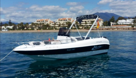 Marine 19 Center Console In Giardini Naxos (6 People Seating Capacity)
