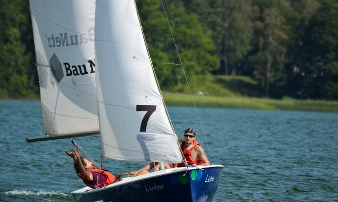 Rent a 17ft  Barnegat Dinghy for Up to 5 people in Bad Saarow, Germany