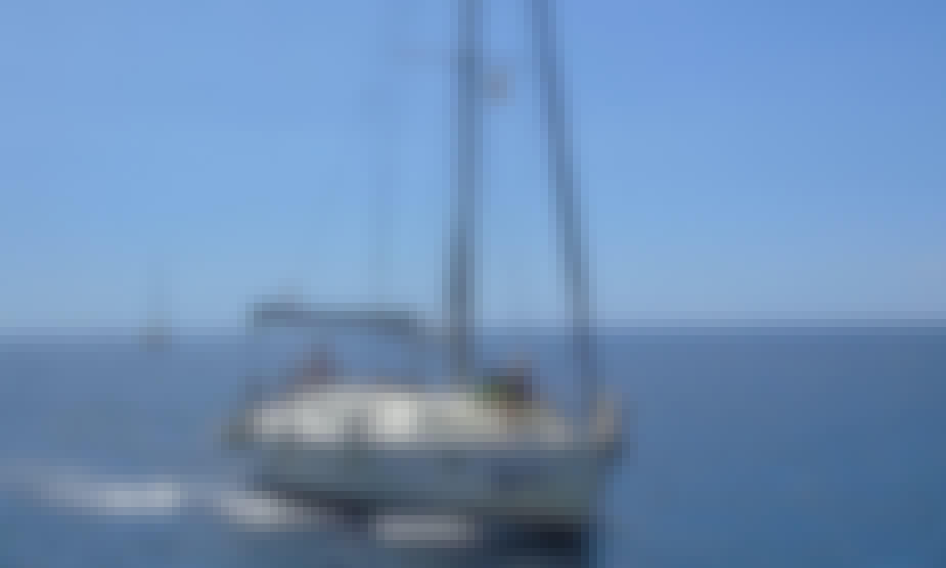 Tour Santa Cruz de Tenerife, Spain On-board a 39' Jeanneau Skyline 1 Cruising Monohull