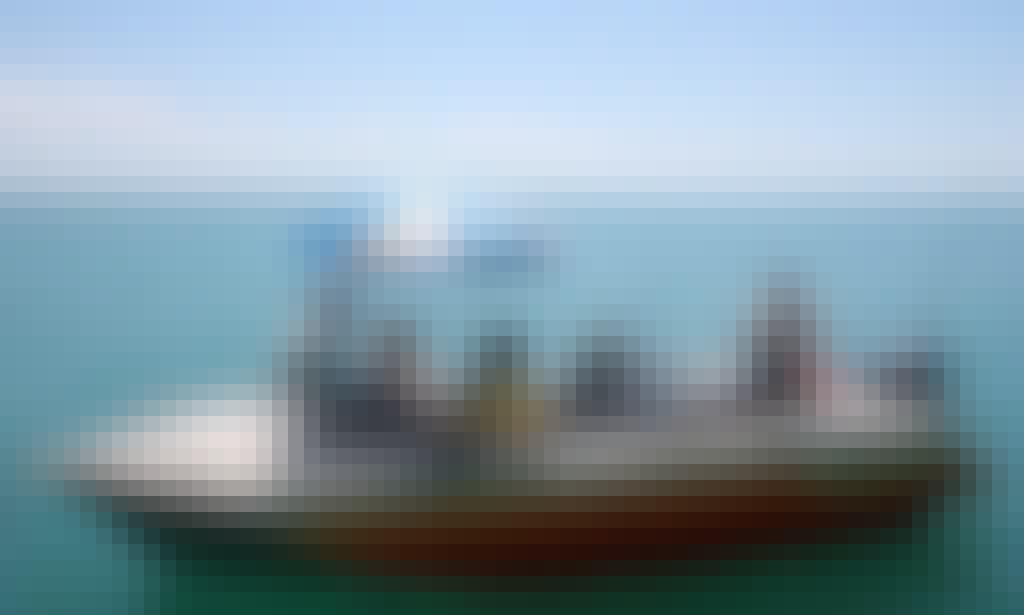 Shaded Fishing Boat & Guide Service In Darwin
