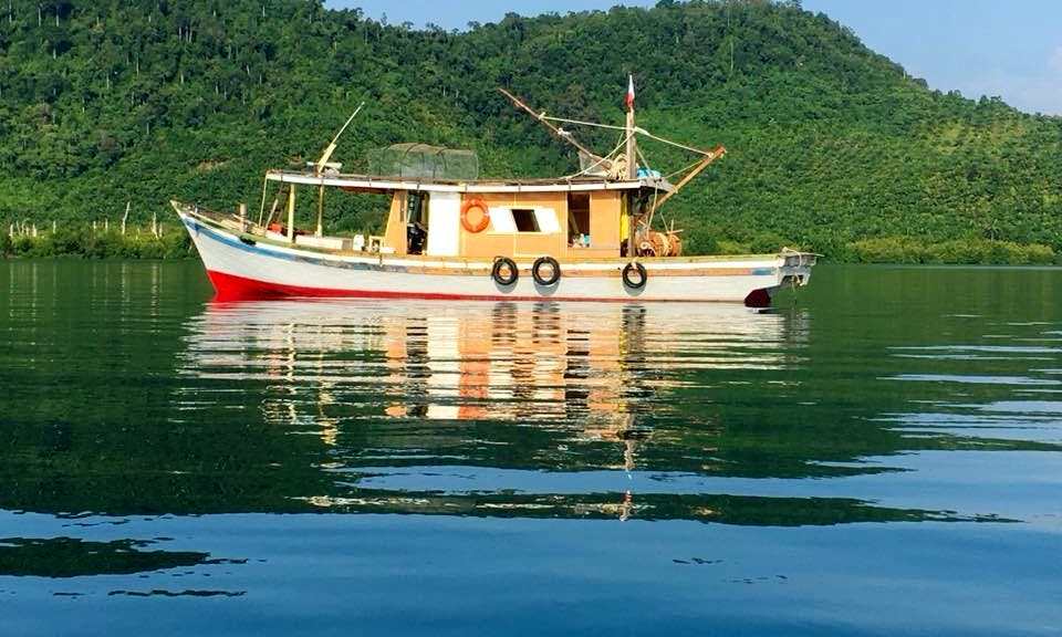 Fishing Boat rental in Semporna
