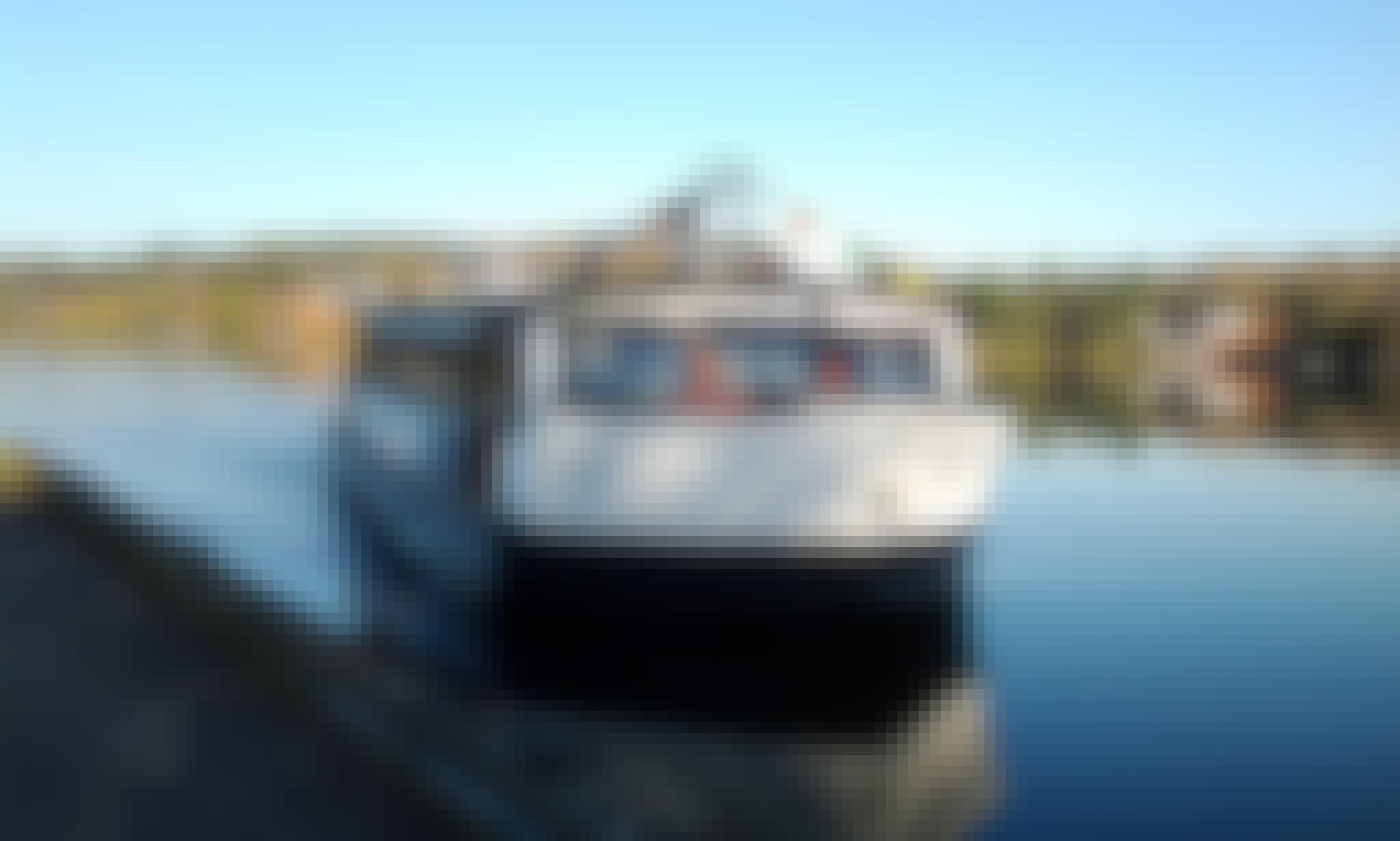 Amazing Boat Tour on Lac Des Sables in Sainte-Agathe-des-Monts