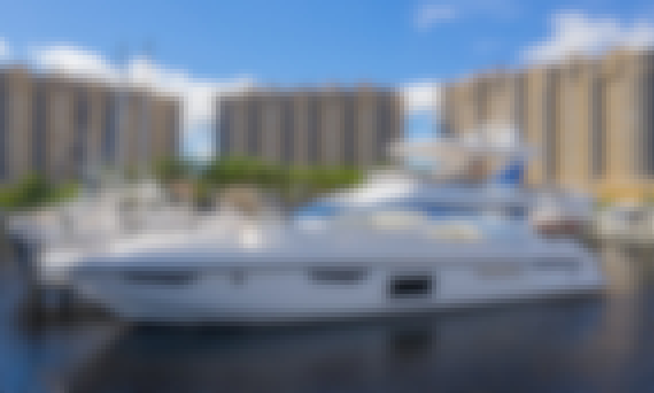 (With Captain Only) Luxury Style 72' Azimut Yacht