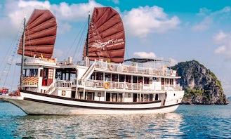 Amazing Cruise in Halong Bay, Vietnam