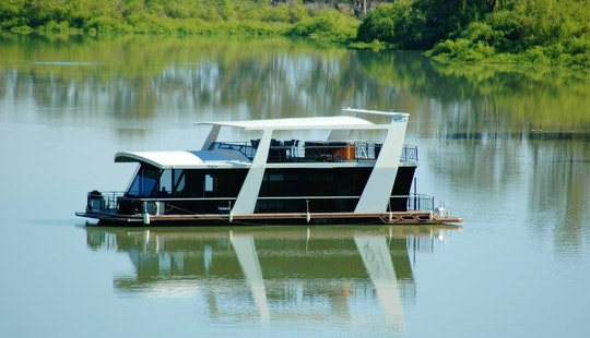 Houseboat  For 10 Person In Paringa, Australia