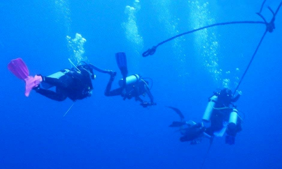 Go Dive! Enjoy Diving With Your Friends in Candolim, India!
