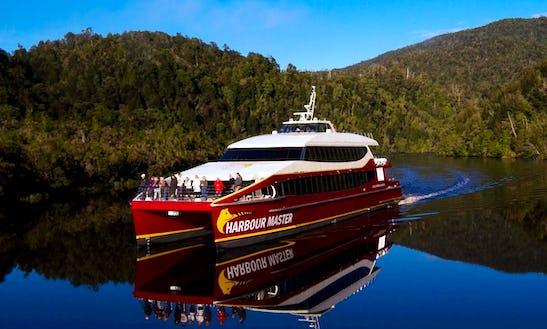Catamaran Cruises In Strahan