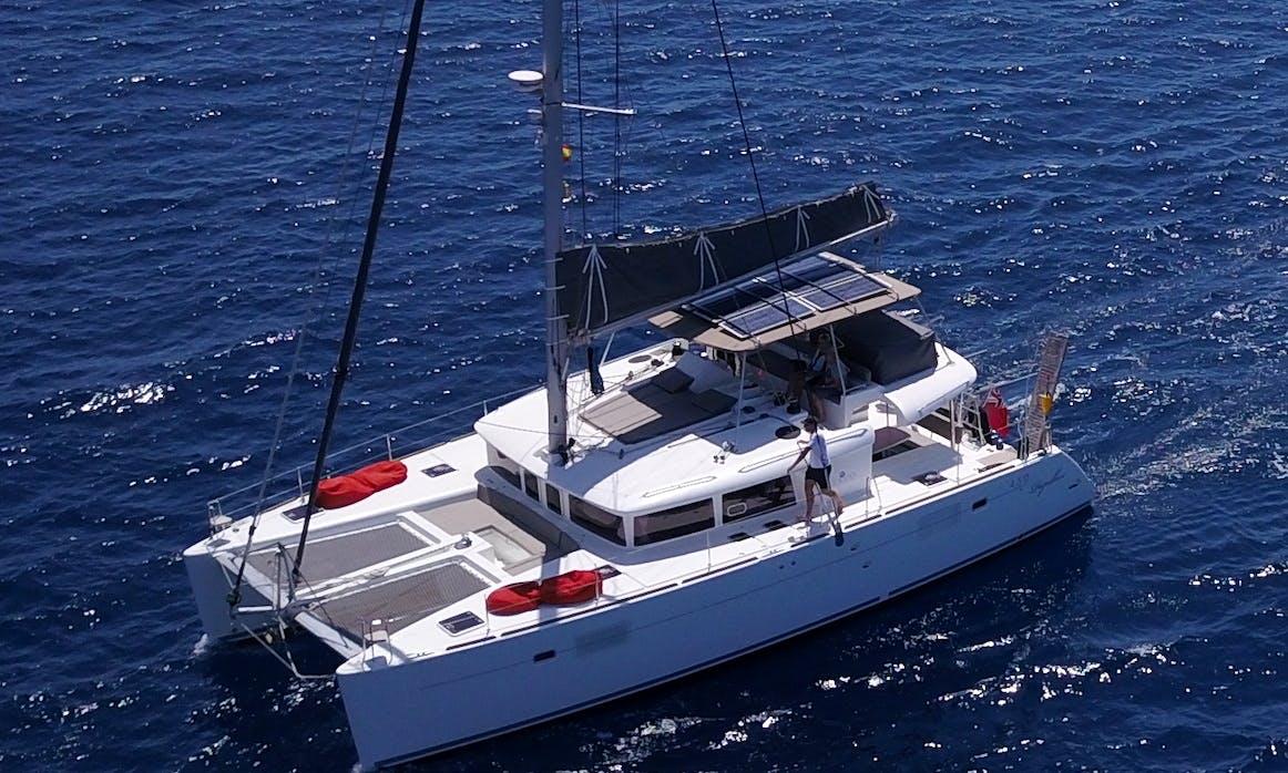 Cruising Catamaran Daycharter in Las Galletas,Marina del Sur, Tenerife.