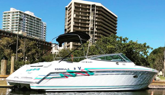 Rent This Formula F280ss With Captain In Miami For Up To 6 Guests
