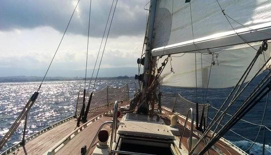 Chania Sailing Tours With Panefi