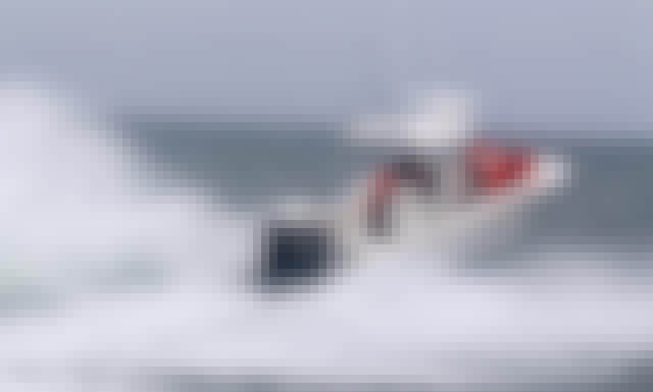 Striped Bass and Tuna Trips on 33' Invincible Center Console in Cape Cod Bay
