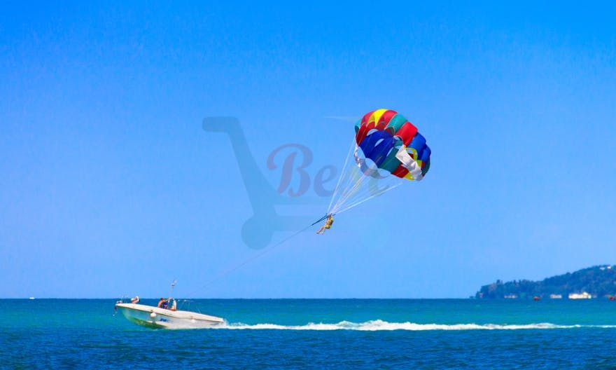 Adventurous Parasailing Experience for 2 People in Grand Baie, Mauritius
