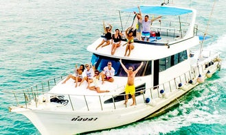Charter Fishing Boat with Aircon (max 20 people) in Chang Wat Phuket