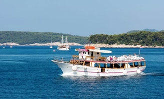 Dubrovnik Three Island Cruise with Lunch and Drinks