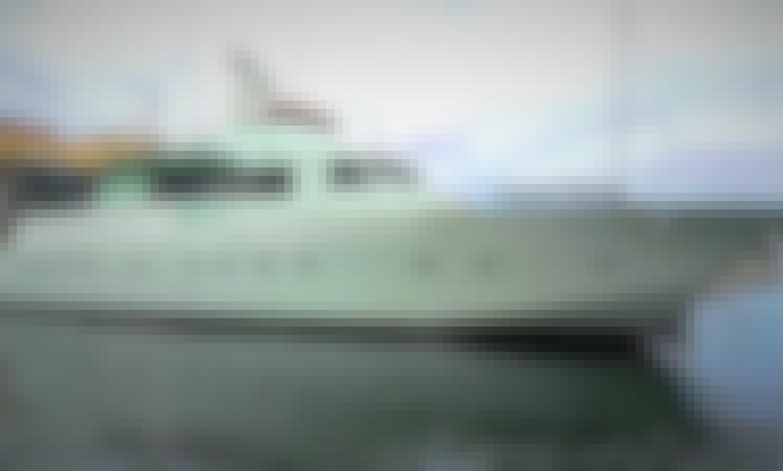 Yacht Hotel Boat