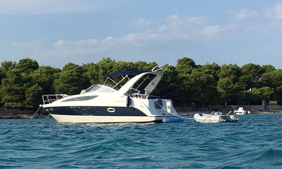 Motor Yacht Departing in Vranjic, rentals and exclusive private tours