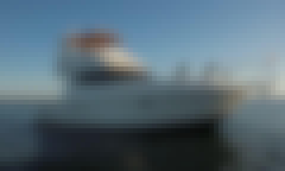 40' Silverton Flybridge with a Jetski