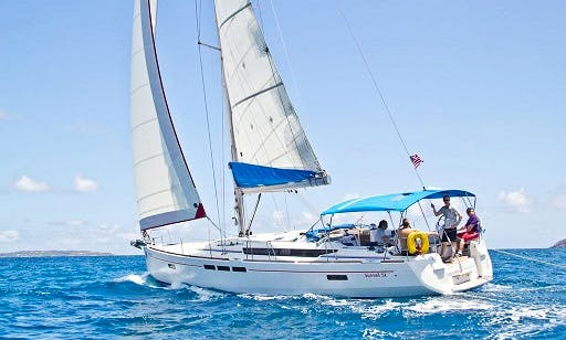 Enjoy A Smooth Cruising Experience In Tortola, BVI
