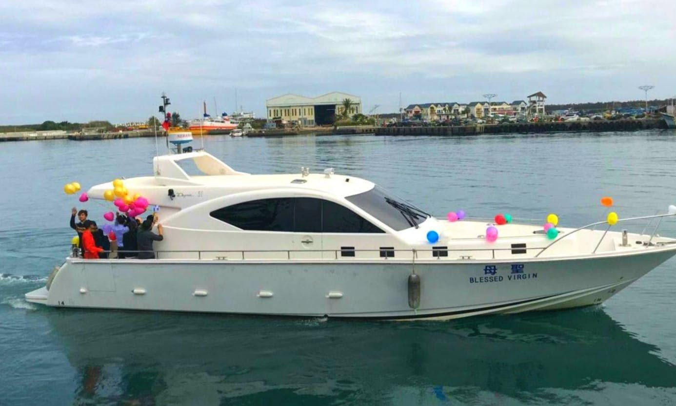 45' Flycat Motor Yacht in Kaohsiung City, Taiwan
