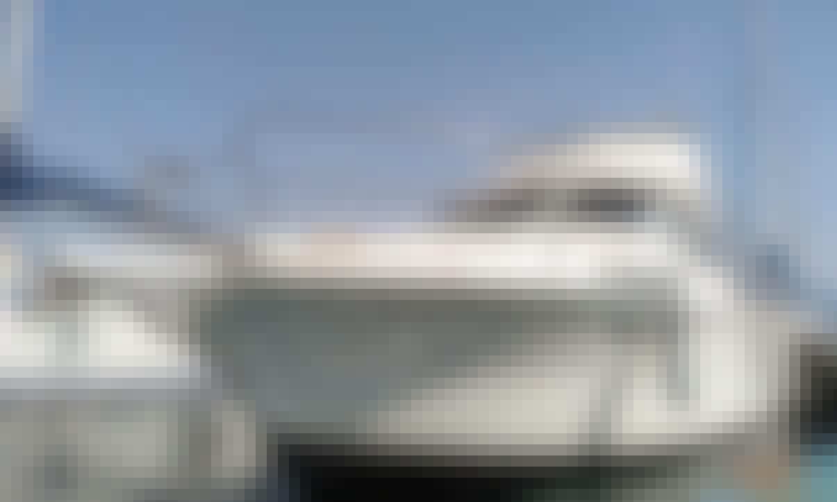 Motor Yacht Gib Sea Jamaica 30 Fly for 8 People