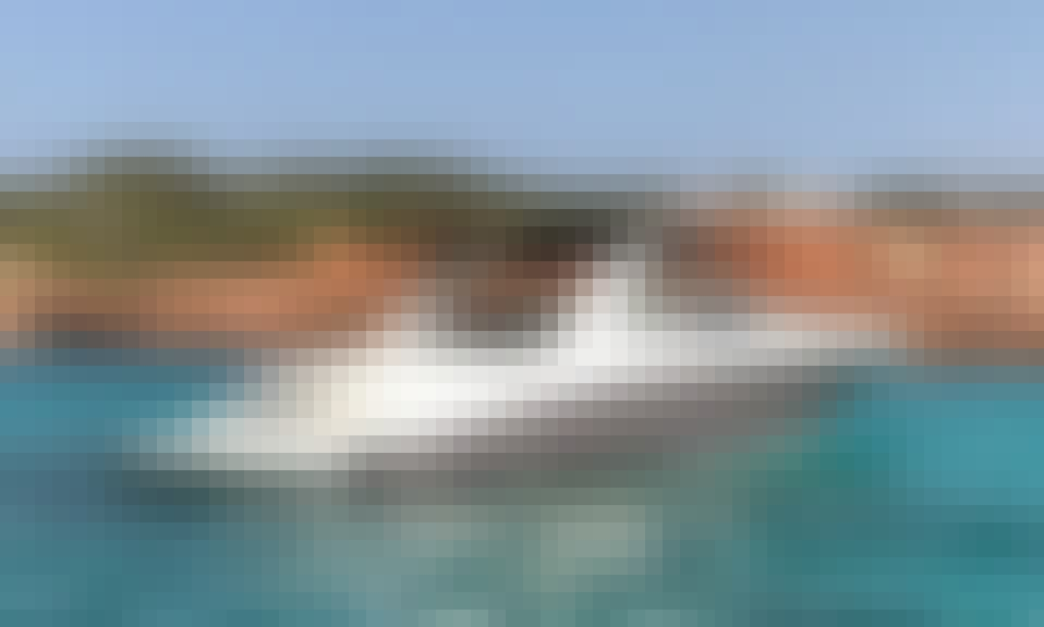 Sea Ray 295 SLX Motor Yacht with Skipper in Ibiza