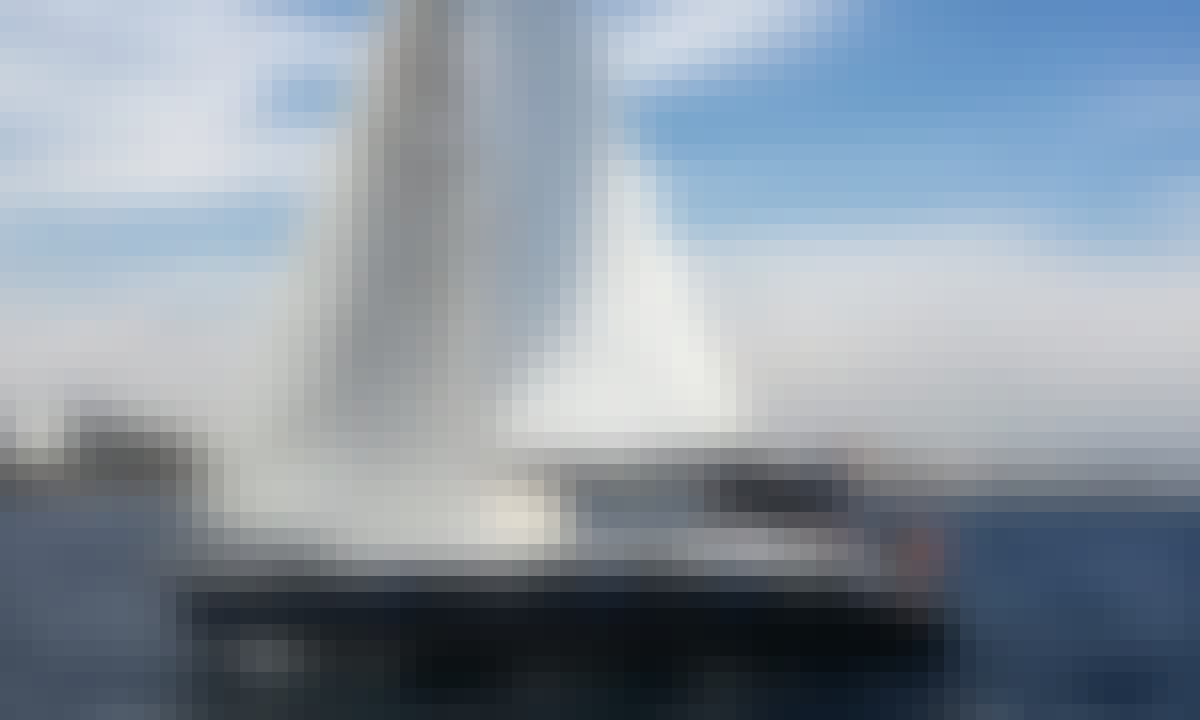 Jeanneau Sun Odyssey 40 for sailing trips in Barcelona