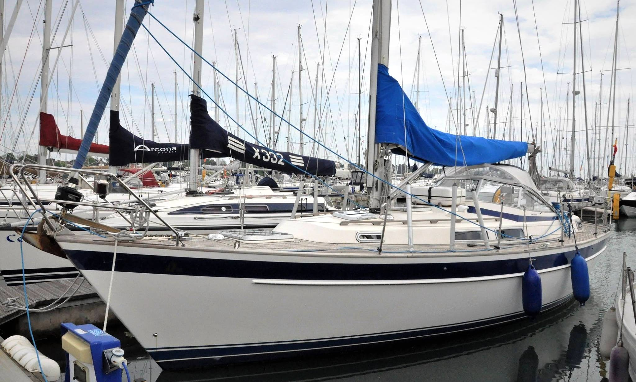 "Experience ""Aeoulus"" Hallberg Rassy 36 Sailboat in Southampton"