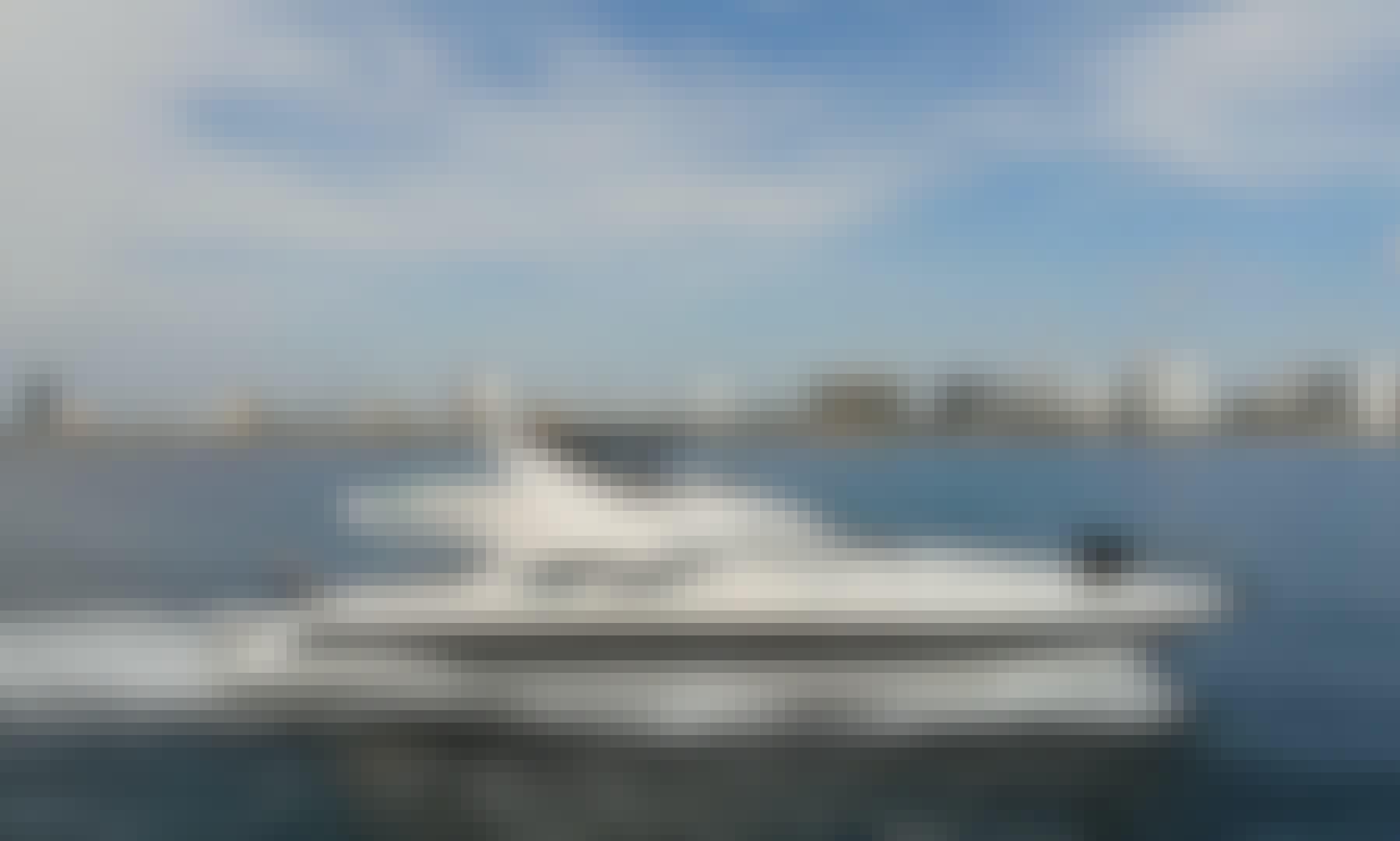 2008 Azimut Motor Yacht Charter in Miami Beach, Florida