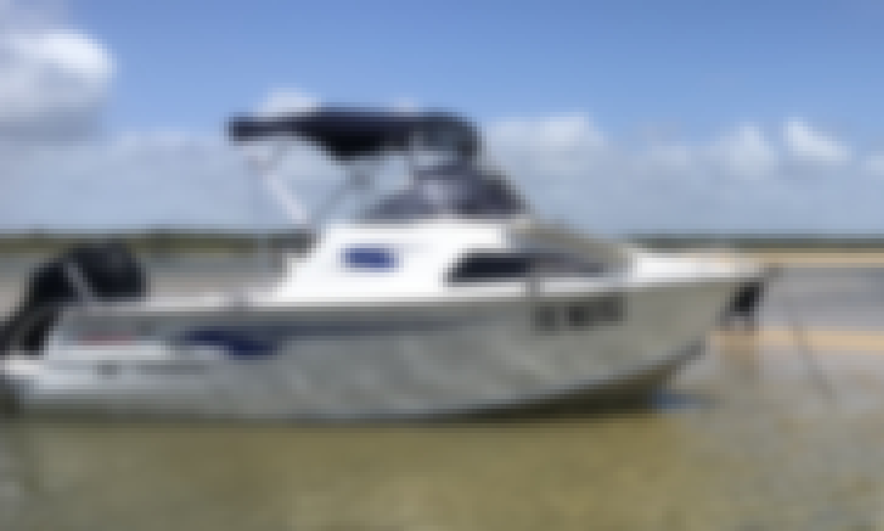 15 ft Stacer 519 Sea Runner Caddy Cabin for Rent in Yandina Creek, Australia