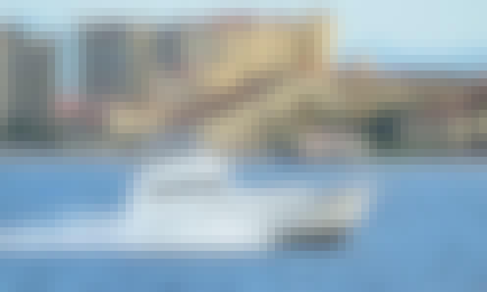 40' Custom Luxury Yacht Charter In Puerto Vallarta