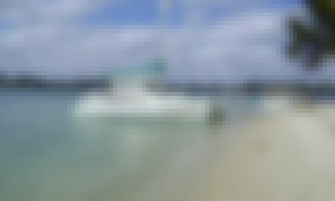 Leopard 40 Cruising Catamaran for a Fun-Filled Sailing Trip in Placencia, Belize