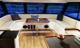 42 ft Power Catamaran Rental for 20 People in Pattaya