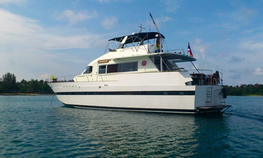 Lowest Priced Super Motor Yacht rental in Pattaya for up to 25 people.